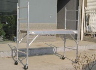 Aluminum rolling scaffold http://met.creatrue.net/Aluminium-Scaffolding_439.html#.U5e7W3KSzD8