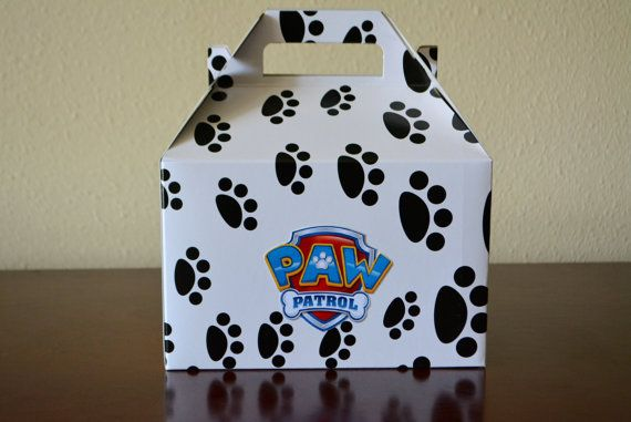 Paw Patrol large goodie bag box, paw patrol party bag, birthday goody bag, paw patrol shield - Set of 8