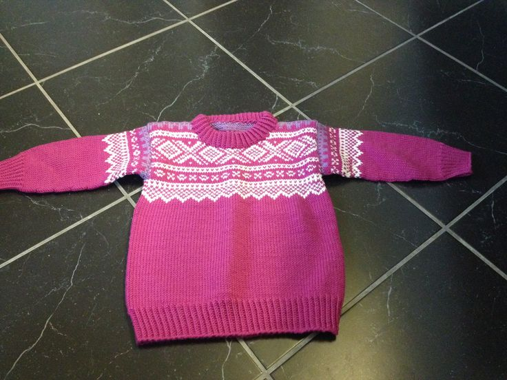 Marius genser  Patterns from Sandnes Garn. Traditionaly sweeter, with untradisjonaly colours.