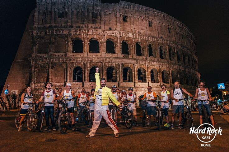 #FFAD2016   Freddie for a day - #charity #bicycle ride in front of the #Colosseum!  #HardRockCafeRome #Rome #Roma
