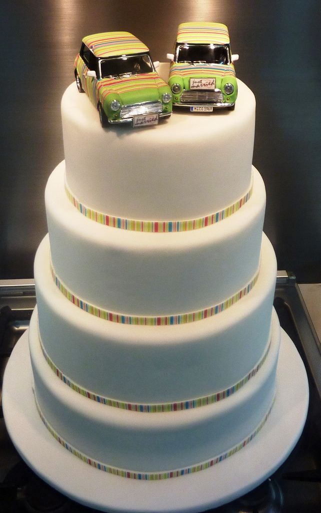 mini cooper paul smith wedding cake