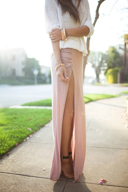 long pink skirt, daring slit, soft cream sweater, gold jewelry ...perfect!