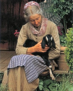 I found this on Gooseberry Patch.  I saw Tasha Tudor at the Cincinnati Garden Show years ago.  She looked so impressive!  I have always loved her books and loved to read about her.