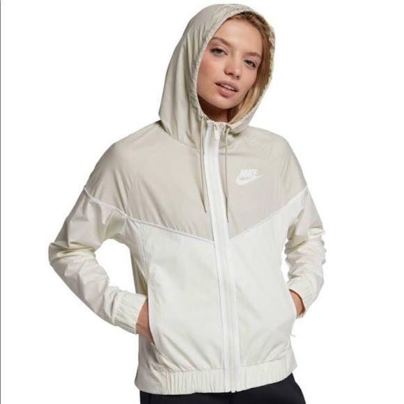 SALE!!! NWT Nike Windrunner Jacket (W