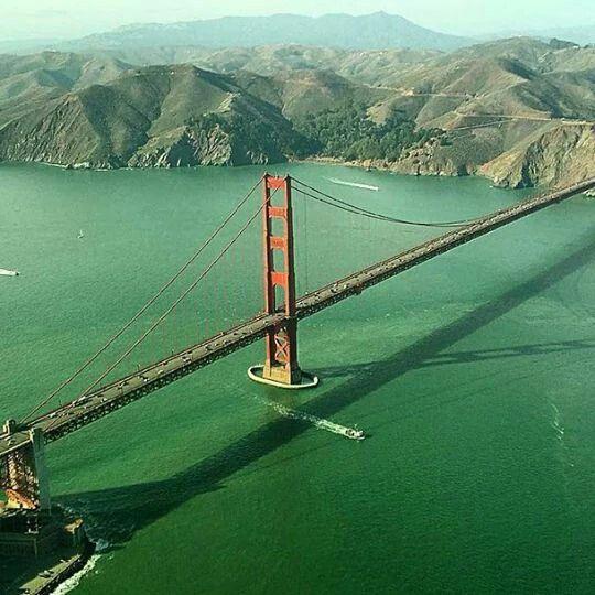 Golden Gate Bridge, San Francisco, CA.