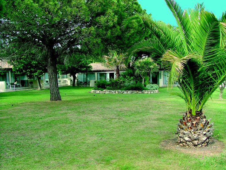 Profitez des jardins de la résidence de tourisme Goelia, le mas Blanc à Pérols