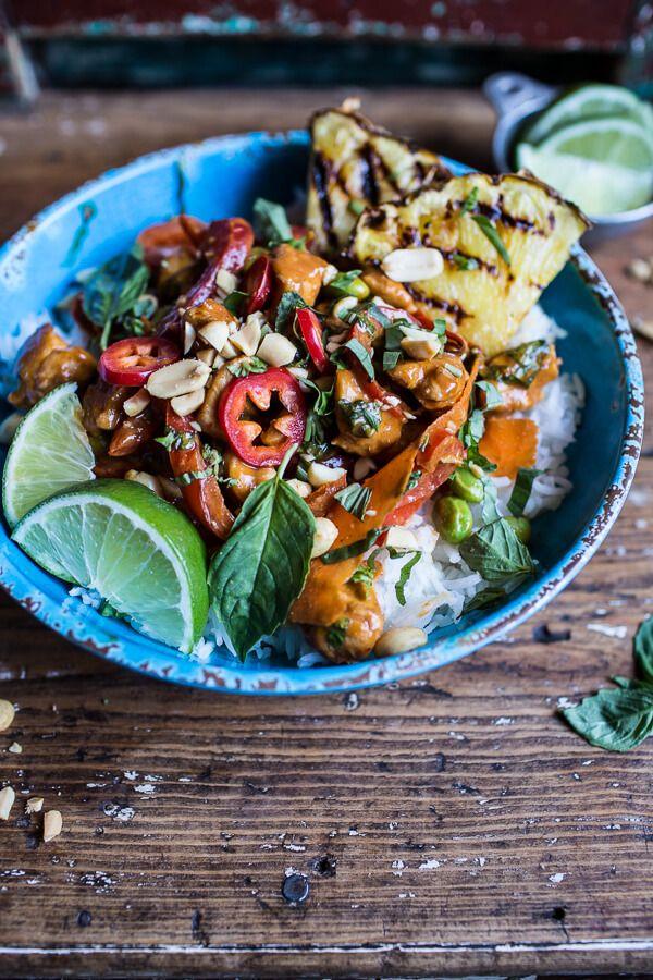 Poulet sauce thaï Chili, cacahuètes, ananas grillé & riz (30min)