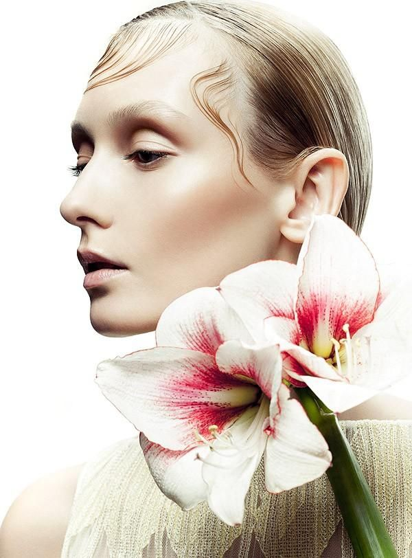 Harper's Bazaar Beauty Nov 2015
