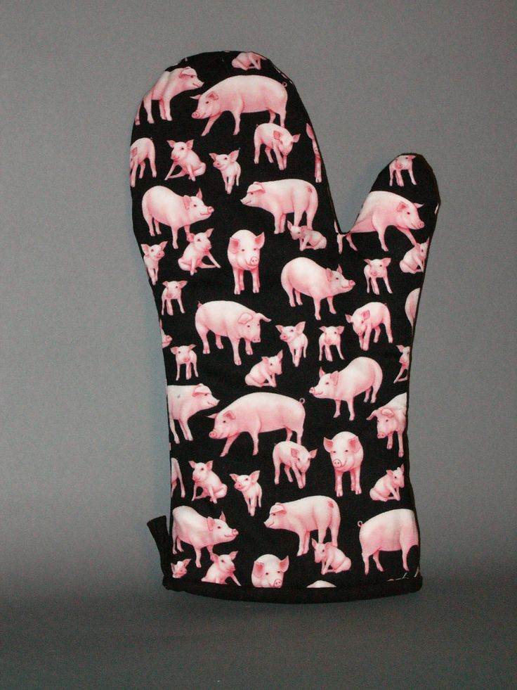 Marvelous PIG Oven Mitt, Via Etsy.