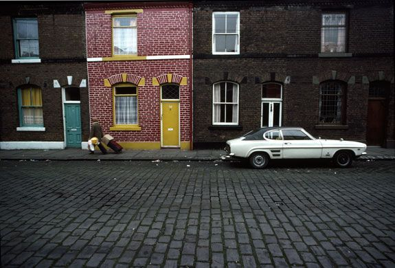 [John bUlmer - Manchester (1977)   Another image taken for Geo magazine]