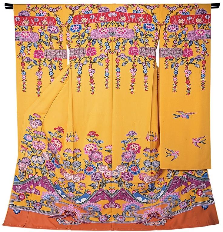 Traditional Okinawa Bingata kimono. Absolutely beautiful.