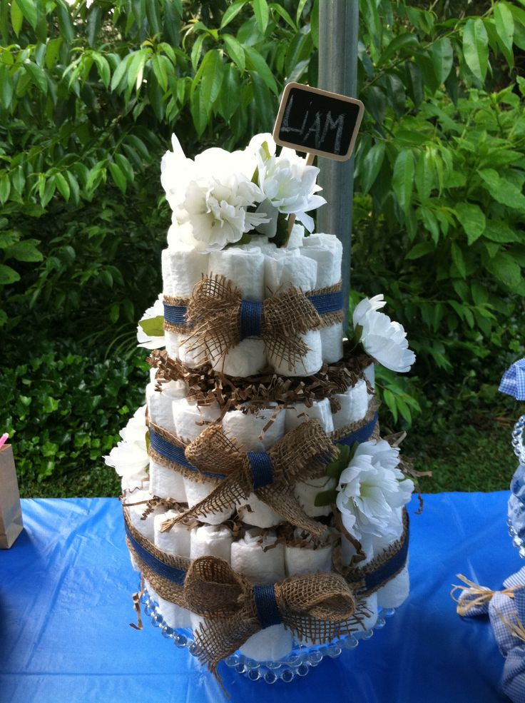 Burlap Diaper Cake for Baby-Q Baby Shower I was thinking of something ...