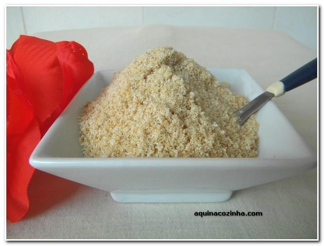 Fufu - farofa doce de gergelim