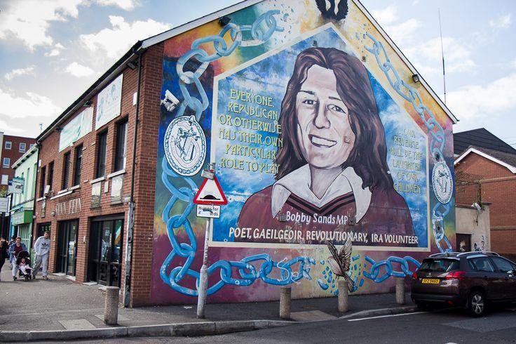 Belfast peace wall murals belfast northern ireland for Mural northern ireland