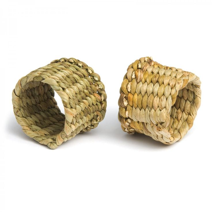 Rush Napkin Rings by Felicity Irons. David Mellor Design #craft #rushweaving #naturaltableware