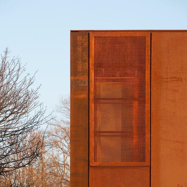 Hackney Marshes Centre - Stanton Williams Architects  London, UK - 2010