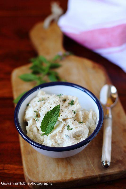 la cuoca eclettica: Hummus di fagioli cannellini di Colfiorito