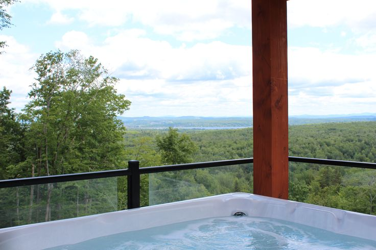 5 Gorgeous Cottages To Discover This Fall In Quebec