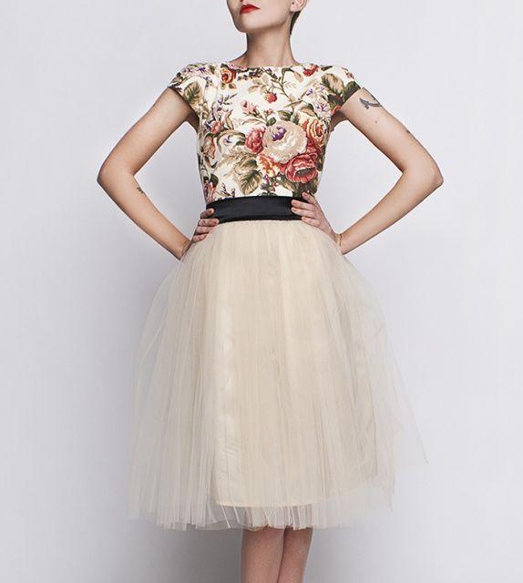 http://szyjemysukienki.pl/kategoria/sukienki/roze-tiul-2