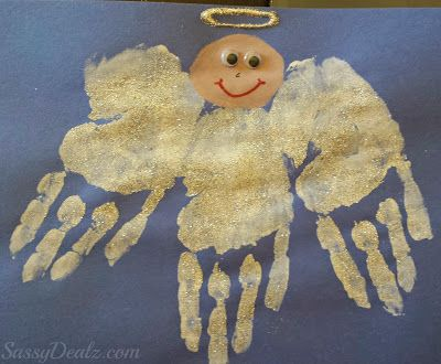DIY Angel Handprint Craft For Kids using white paint, silver sparkles, and glue! This is an adorable idea for children | http://www.sassydealz.com/2013/12/diy-angel-handprint-craft-for-kids.html