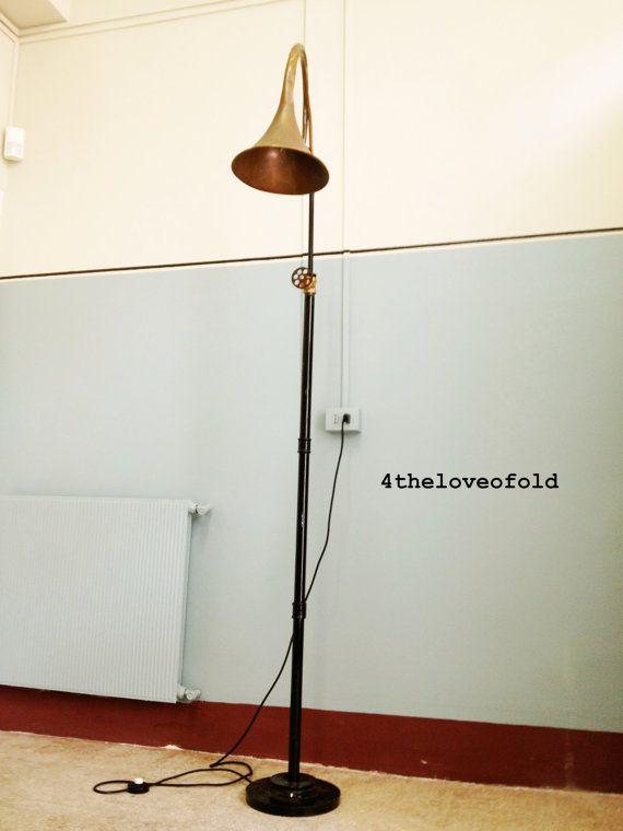 Piantana Orientabile.Floor Lamp.