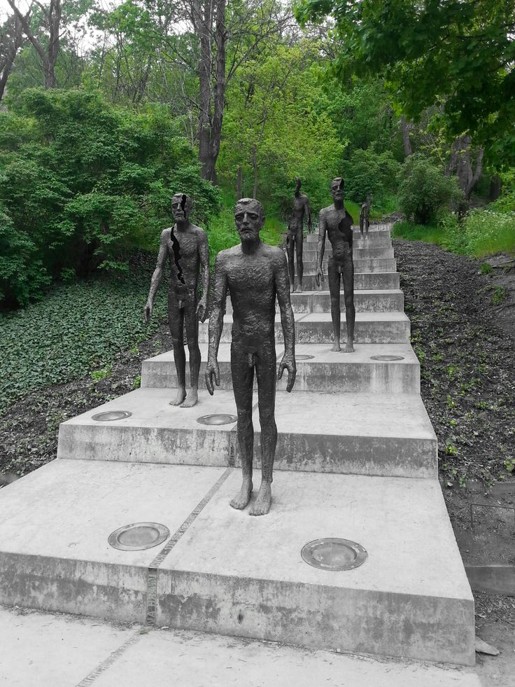 Emlékmű a kommunizmus áldozatainak