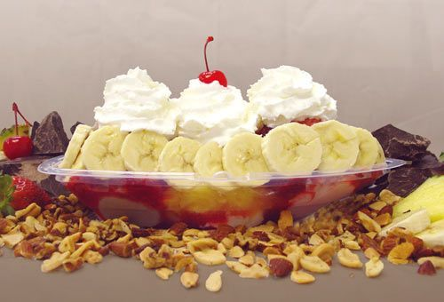 Fast and tasty snack ...#Banana split  with vanilla and strawberries