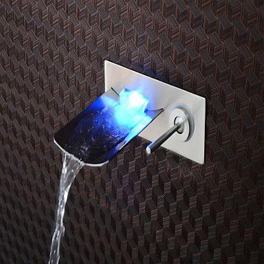 Modern Middenset Waterval with Keramische ventiel Single Handle Een Hole for Geborsteld nikkel Wastafelkranen