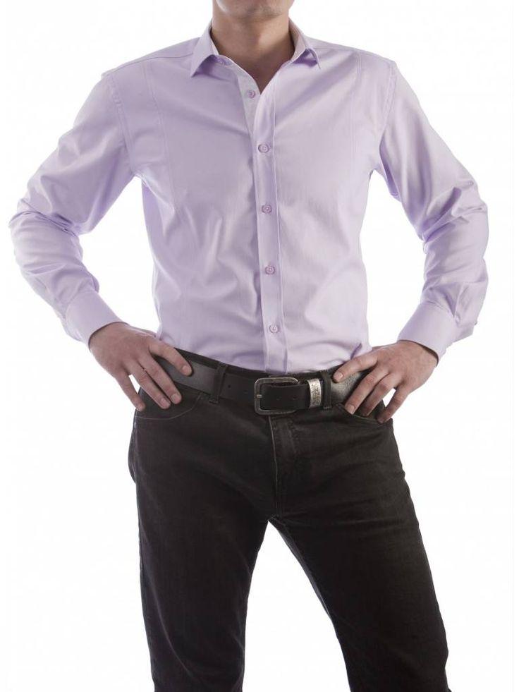 Een mooi paars overhemd van het merk Vegea.