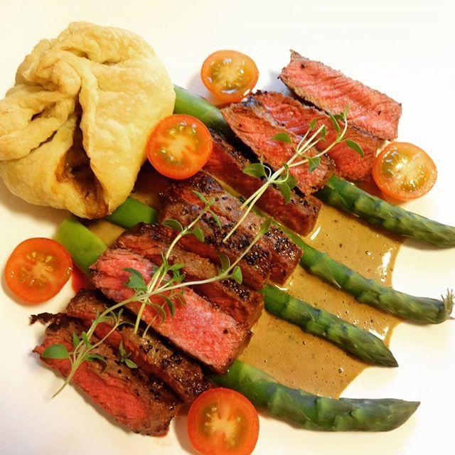 Edel's Mat & Vin : Lørdagsbiff med soppfylte butterdeigsnurrer, aspar...