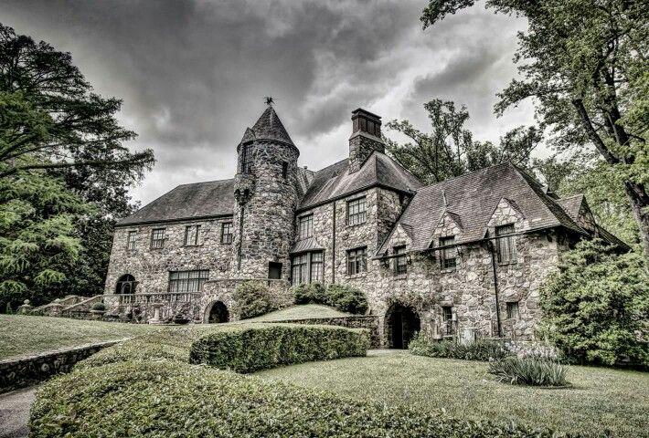 Castle on Stagecoach rd. Little Rock Arkansas Little