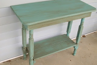 Re-purposed spindles.Old Dressers, Repurpoed Cribs, Consoles Tables, Tables Tops, Cribs Legs, Upcycling Furniture, Repurpoed Furniture, Tables Makeovers, Baby Cribs