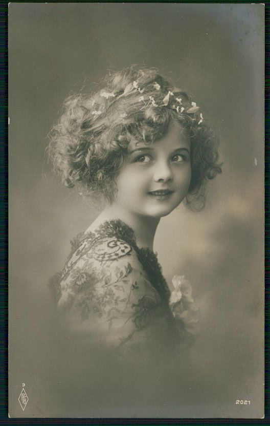 Pretty Edwardian Child Girl Glamour Fantasy original old 1910s photo postcard