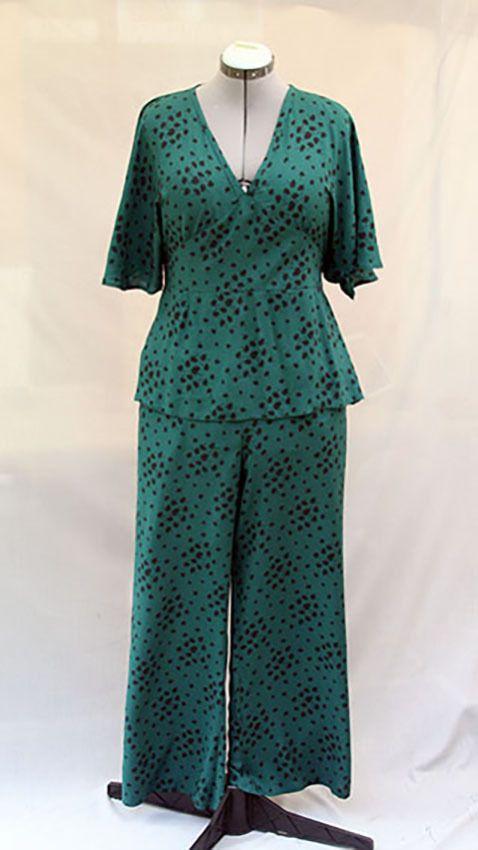 Pantalon fluide vert foncé imprimés floraux noirs en viscose pour femme : Pantalons, jeans, shorts par v-l-basics