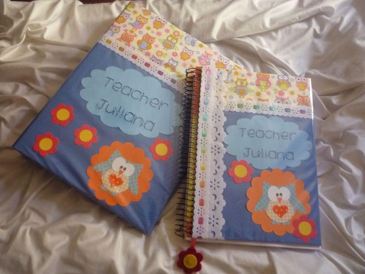 Mimos para você confeccionou o caderno e o fichário personalizado da professora Juliana...