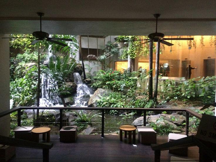 Inside Grand Hyatt Hotel Singapore
