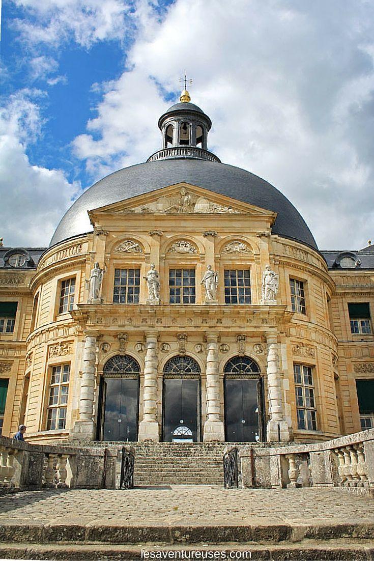 Dôme du Château de Vaux le Vicomte Près de Paris. Découvrez le domaine  qui à faire pâlir de jalousie Louis XIV