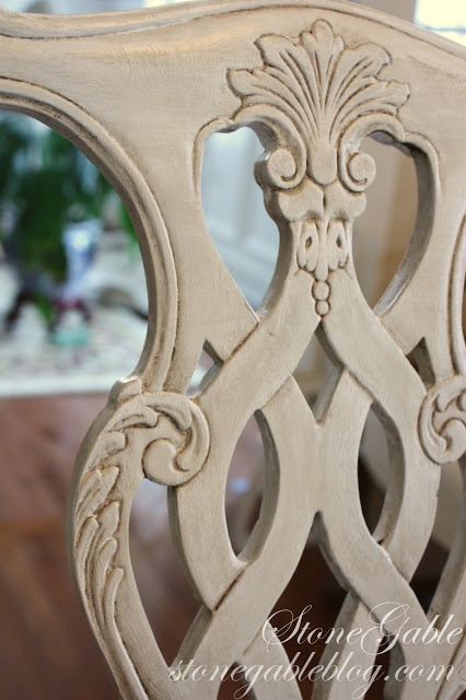 StoneGable: painting furniture with chalk paint - like her method