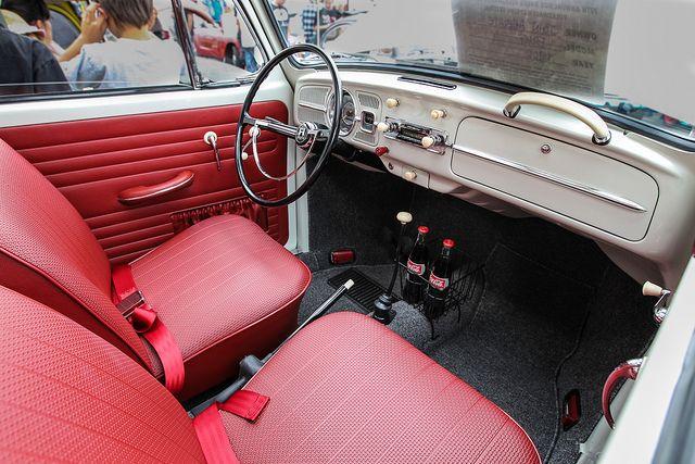 Interior VW Fusca. Vermelho+Branco.