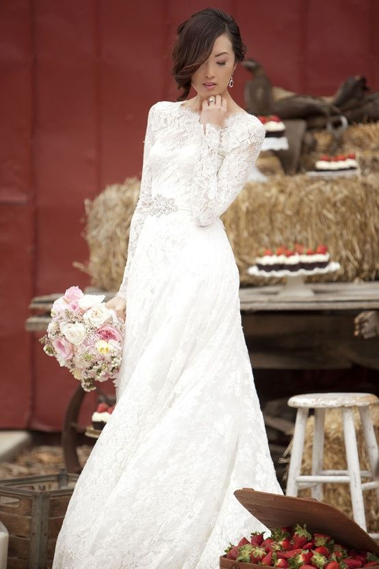 #wedding #dress #sleeves #lace #long