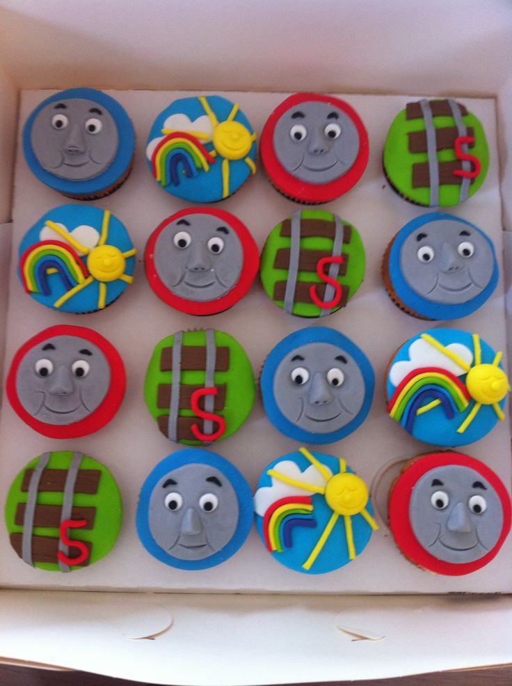 thomas de trein cupcakes www.taartentijd.nl