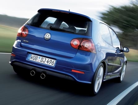 Volkswagen Golf R 32