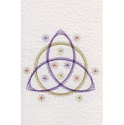 Triquetra and Circle | Leisure patterns at Stitching Cards.