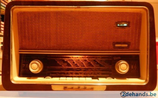 Antieke radio Graetz Polka 613