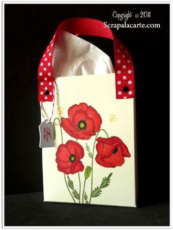 Scrap à la Carte - Petit sac cadeau avec tampon Coquelicots