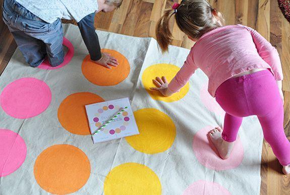 Espaço Infantil – Como Fazer o Jogo Twister Caseiro
