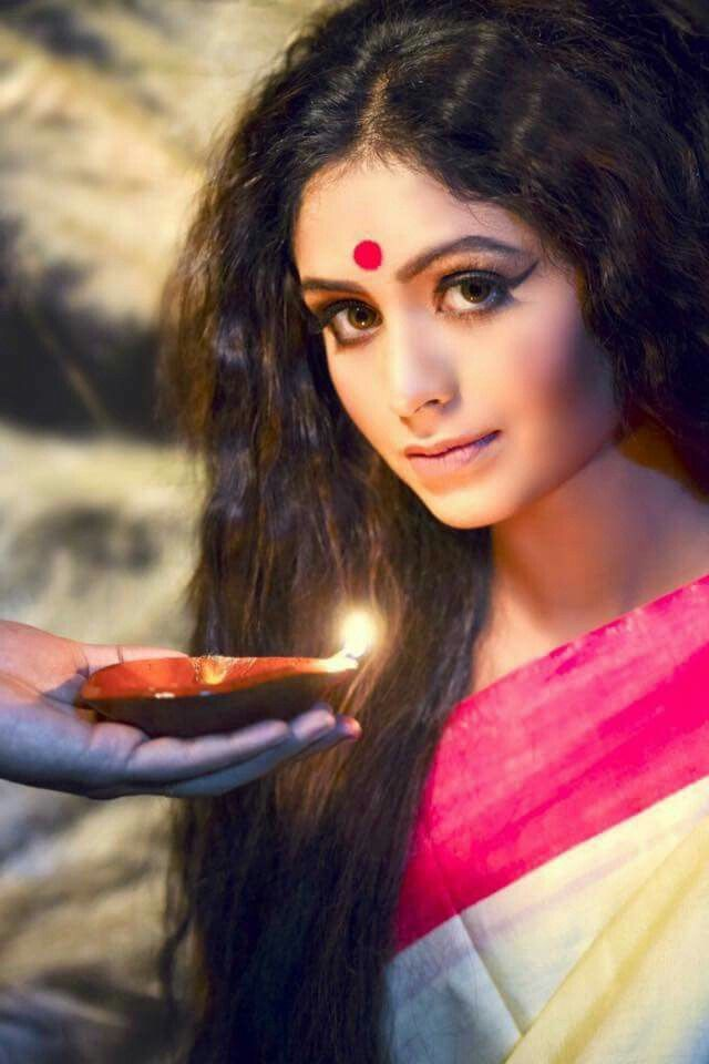 #Bengal #bride #bengali #India #traditional