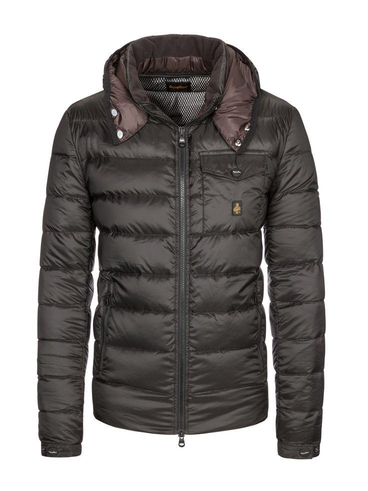 Refrigiwear Leichte Daunenjacke mit abnehmbarer Kapuze schwarz – Hirmer Herrenmode #SALE #Hirmer #München #MensFashion #MensStyle #Fashion #Style #Jacken