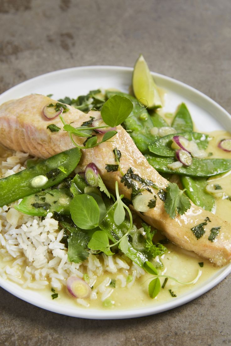 30-Minute Green Curry Braised Salmon