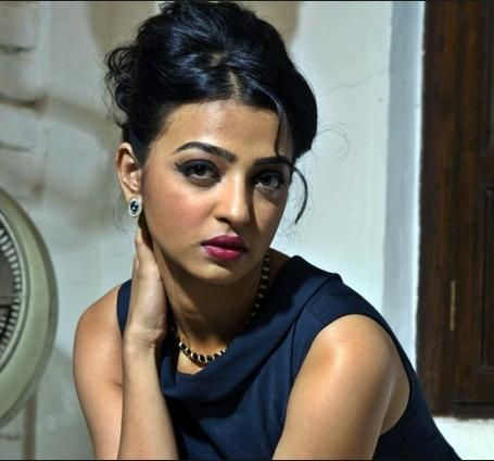 Prior a year ago, Radhika's 'shower selfies has spilled into the online gatherings and were generally coursed on Whatsapp. Sources say that these were planned for her spouse Benedict Taylor who is an acclaimed performer. crb tech reviews